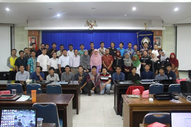 2016 VLSI WORKSHOP  Introduction to VLSI Design and FPGA in Universitas Diponegoro